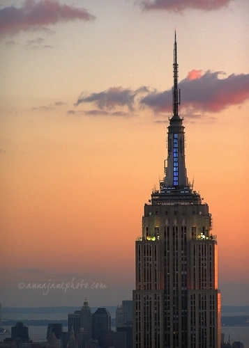 20070901-empire-state-building-sunset.jpg