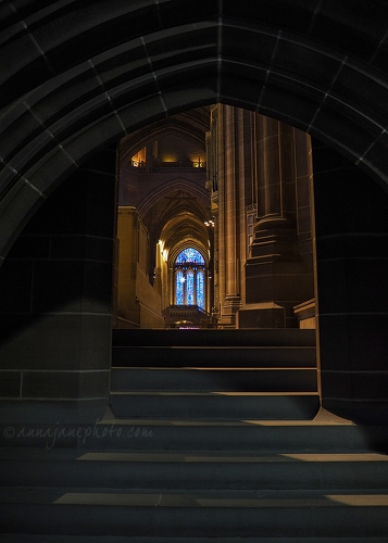 20160118-liverpool-cathedral-arches.jpg