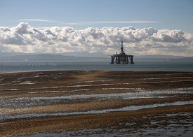 Oil Rig, Firth of Forth