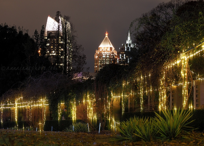 20161227-atlanta-skyscrapers-and-lights.jpg