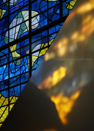 20170519-stained-glass-blue-yellow.jpg