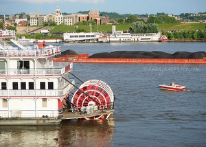Boats on Ohio River